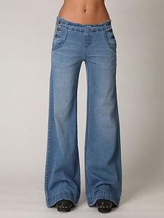 Relaxed Flare (Reminds me of college) #jeans #fashion #style