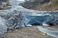 Glacier National Park is losing its glaciers http://www.salon.com/2017/05/16/glacier-national-park-is-losing-its-glaciers/?utm_campaign=crowdfire&utm_content=crowdfire&utm_medium=social&utm_source=pinterest