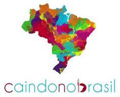 O projeto Caindo no Brasil surgiu da vontade de conhecer novas propostas de escolas, projetos e histórias de pessoas que pensassem em novos processos de aprendizado para além da formação conteúdista, pensando em pessoas que convivam coletivamente com maior autonomia em novas práticas educacionais.
