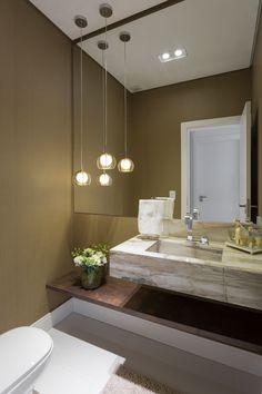 Porcelanato Primitiva Decortiles na bancada do banheiro projetado pelo Alavaski Arquitetura. Bathroom Design Luxury, Bathroom Design Small, Home Interior Design, Modern Master Bathroom, Modern Bathroom Decor, Toilet Design, Apartment Interior, Beautiful Bathrooms, House Design