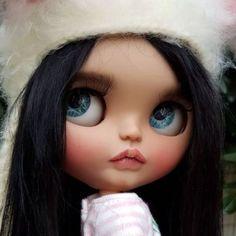 Custom Doll for Adoption by SugardollCustom CHECK HERE https://etsy.me/2GXIAPE . . . #blythe #dollycustom #blythecustom #blythecustomizer #ooakblythe #customblythe #kawaii #doll #artdoll #dollstagram #blythestagram #blythelover #ブライス #blythedoll #customdoll #ooak #ooakdoll