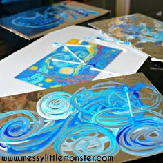 Painting on foil with qtips Idea photo from Messy Little Monster .com. http://www.messylittlemonster.com/2016/05/painting-foil-kids-art-ideas-van-gogh.html?m=1