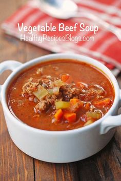 Rich, flavorful vegetable beef soup makes a comforting start to a winter meal and is hearty enough to be served as a filling main course. Homemade Vegetable Beef Soup, Vegetable Soup Healthy, Healthy Vegetables, Healthy Soup, Veggies, Beef Veggie Soup, Eating Healthy, Clean Eating, Low Carb Soup Recipes