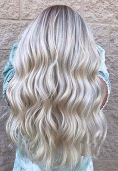 39 Popular Platinum Long Blonde Hair Color Ideas for 2018 #blonde #blondehair #platinumblonde
