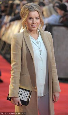 Caggie Dunlop - love this coat.