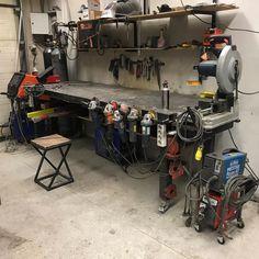 Welding Cart, Welding Shop, Diy Welding, Welding Table, Welding Workshop, Metal Workshop, Garage Workbench Plans, Garage Tools, Metal Projects