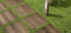 Treverkhome20, il nuovo gres spessorato effetto legno di Marazzi. Per dar vita a spazi esterni di grande valore estetico, senza rinunciare alle prestazioni tecniche. Un gres porcellanato di 20 mm di spessore, facile da posare e da pulire. Una lastra top nelle prestazioni, per progettare e realizzare spazi outdoor con semplicità.