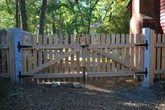 Wood Fencing in NH and MA   Buy Wood Fencing and Install Easy DIY Project