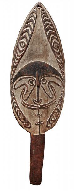 A PAPUAN GULF GOPE BOARD Papua New Guinea, Auktion 1045 Afrikanische und Ozeanische Kunst, Lot 131