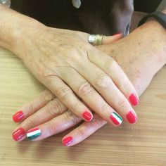This gal came in to get a gel manicure for her trip to Italy and loved how they turned out! Simple yet the perfect amount of nail art for HER! Done at @SimpleSolitude in Vancouver, WA by Becky!