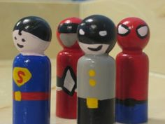 Awesome idea for a christmas pressie for the kids, instead of buying the super expensive figurines.