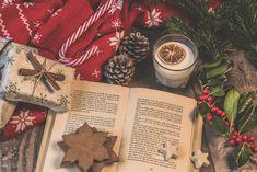 Curiosità e tradizioni di Natale dal mondo e da Marte | Vita su Marte Christmas Trends, Christmas Books, Christmas Time, Merry Christmas, Christmas Gifts, Agatha Christie, Online Advent Calendar, Iceland Facts, Vive Le Vent