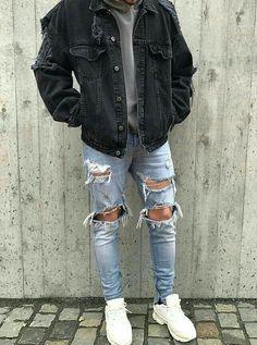 Dumbfounding Tips: Urban Fashion Editorial Vogue classy urban fashion grey.Urban Wear For Men urban fashion shoot harpers bazaar. Fashion Mode, Urban Fashion, Trendy Fashion, Daily Fashion, Mens Fashion, Classy Fashion, Street Fashion, Fashion Menswear, Fashion Fall