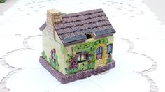 Marutomo Marutomoware Country Cottage by KitschandCollectable, £14.00