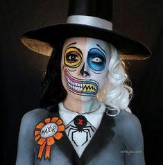 10 Stunning Makeup Ideas for Halloween Halloween Inspo, Fete Halloween, Halloween Makeup Looks, Creepy Halloween, Halloween Horror, Halloween Make Up, Halloween Cosplay, Tim Burton Halloween Costumes, Disney Halloween Makeup