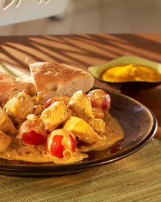 Schnell zubereitete Hauptspeise mit feinem Curry und Kirschtomaten.