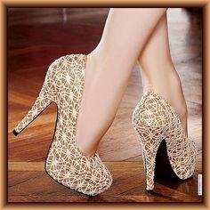 Golden Stilettos with lace inspired design, round vamp and round closed toe