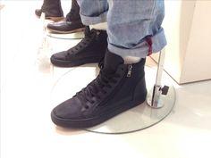 Black mid shoes