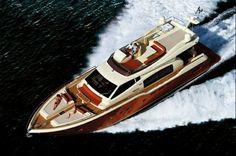 Ferretti 690 altura fly. http://yacht4web.com/Ferretti/690+altura+fly/3340/brochure?K=pin #Ferretti #Ferrettiyachts #FerrettiAltura690