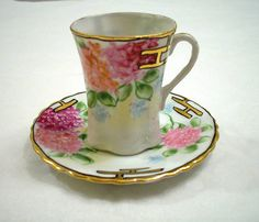 ANTIQUE NIPPON JAPANESE FLORAL PORCELAIN DEMITASSE CUP AND SAUCER HAND PAINTED