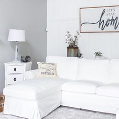 How to Build a Farmhouse Style Headboard- Queen Size Printable Instructions - Centsible Chateau White Ikea Couch, Cabinets To Ceiling, Bay Window Curtain Rod, Farmhouse Style Bedrooms, Farmhouse Ideas, Diy Kitchen Cabinets, Farmhouse Christmas Decor, Vinyl Flooring, Furniture Makeover