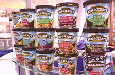 Ben and Jerry's Ice Cream Cookies and Cream Cheesecake - Cake Batter Cheesecake, Cookies And Cream Cheesecake, Brownie Batter, Ice Cream Cookies, Chocolate Fudge Brownies, Chocolate Cookies, Chocolate Recipes, Ben And Jerrys Ice Cream, Mint Chocolate