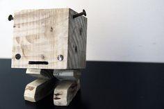 Porte-clés MANCHULA en bois de palette brut by YvaRDesigN on Etsy