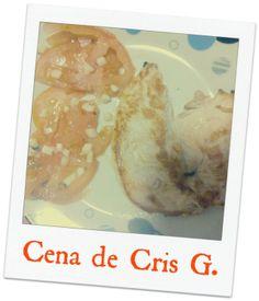 ¡Buenas Noches! Cristina García comparte su cena con nosotr@s.Pechuga y tomates con ajito.¡Gracias Cristina!Y tú, ¿Qué comes? http://secomer.com/que-comes/ #healthylifestyle #healthfood #comidasana #perderpeso #sepuede #crissabecomer