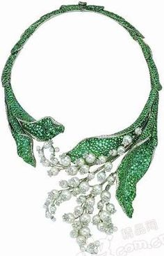 Lily of the Valley Necklace by Dior - emeralds, pearls and diamonds.                                                                                                                                                     Más