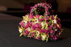fushia flower purse with cymbidiums,roses, hyacinths and moss 1, Portland Art Museum, Françoise Weeks