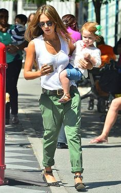 Jessica Alba looking great in green cargos #cargo #celebrity #fashion