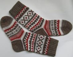 Grey white red warm autumn fall winter Scandinavian pattern knit wool short socks Christmas gift CUSTOM MADE - Braut Bike Style, Motorcycle Style, Wool Socks, Knitting Socks, Warm Autumn, Fall Winter, Warm Spring, Knitting Designs, Knitting Patterns