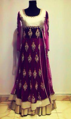 Gorgeous purple Pakistani outfit