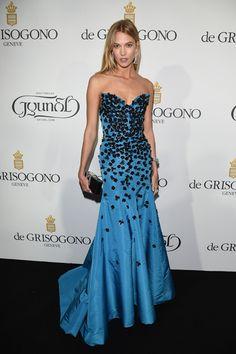 See All of the Best Red Carpet Looks from Cannes—Karlie Kloss in Oscar de la Renta  Pinterest @Sagine_1992 Sagine☀️