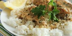 Low FODMAP Low-Fructose Slow-Cooker Lemon Chicken (Gluten-Free Too!) leave out onions if sensitive Slow Cooker Lemon Chicken, Lemon Chicken Rice, Chicken Over Rice, Cilantro Lime Chicken, Healthy Chicken, Slow Cooker Recipes, Crockpot Recipes, Cooking Recipes, Slow Cooking