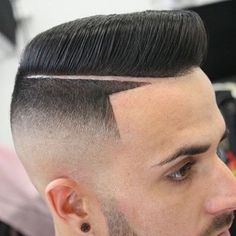 20 Cool Flat-Top Haircuts for Men & Boys Top Haircuts For Men, Pixie Haircuts, Short Pompadour, Flat Top Haircut, Haircut Pictures, Asian Men Hairstyle, Faded Hair, Top Hairstyles, Hair Tattoos