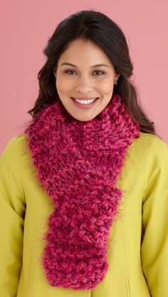 Free knitting pattern: Fabulous Furry Scarf (beginner)