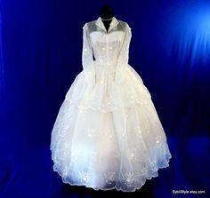 Wedding Dress 1950s by SybilStyle on Etsy - reminds me of Princess Grace's dress
