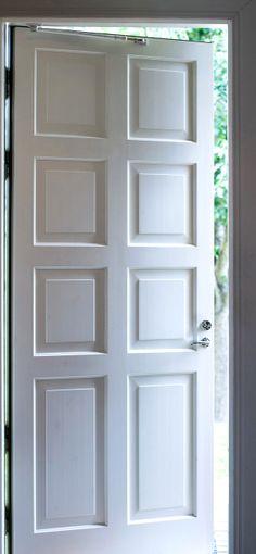 Airy and beautiful, door from the inside / Raikasta ja kaunista, ulko-ovi sisäpuolelta