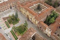 Cisneros creó un nuevo modelo educativo, el Colegio-Universidad, que se fundamentó en el Colegio de San Ildefonso. S. XVI. Alcalá de Henares (Madrid)
