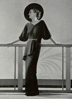 """""""Spirale""""  Evening gown  Robert Piguet  L'officiel de la Mode March 1935"""