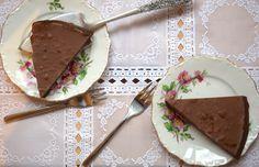 Sinner Sunday: Tobleronetaart. #sinnersunday #chocoladetaart #chickslovefood
