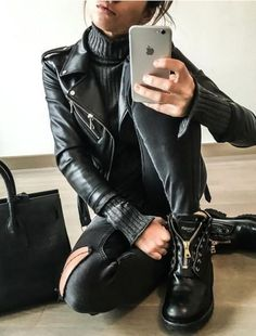 81 Amazing Ideas To Copy ASAP - Street Style Outfit Trends Find and save ideas about street style on Women Outfits. Street Style Outfits, Rock Outfits, Hipster Outfits, Edgy Outfits, Cute Outfits, Fashion Outfits, Punk Fashion, Street Outfit, Lolita Fashion