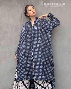 Batik Kebaya, Kebaya Dress, I Dress, Blouse Batik, Batik Dress, Batik Fashion, Hijab Fashion, Amarillis, Modest Wear