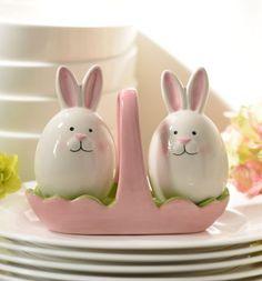 Easter Bunny Salt & Pepper Shaker Set - adorable