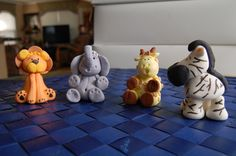 3D Fondant Safari Animal Cupcake Toppers by MamaFreshCakes on Etsy  Baby, Baby Shower, Lion, Elephant, Giraffe, Zebra