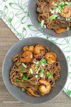 Ginger and Garlic Prawns with Noodles | Slimming Eats - Slimming World Recipes