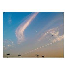 . . . . . . . #skyporn #sky #sunset #하늘 #하늘스타그램 #구름 #landscape #노을