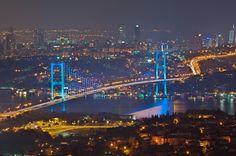 The Bosphorus Bridge at night [2312 x 1536]