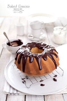 Coconut Cake with Chocolate ♥